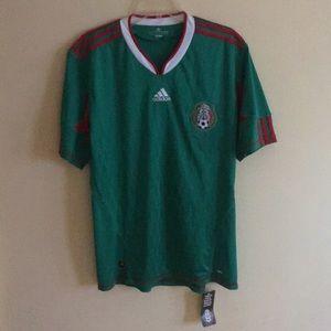 NWT Adidas soccer men's shirt Lsz #059